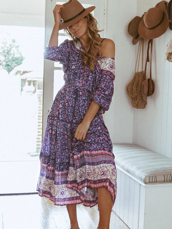 Vintage Style Fitted Floral Long Sleeve Maxi Dress